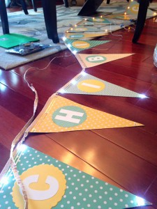 Chibitronics Light-Up Pennant Banner with Circuit Stickers