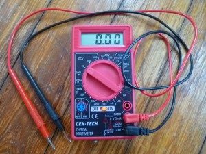 Measuring Voltage  with a Multimeter