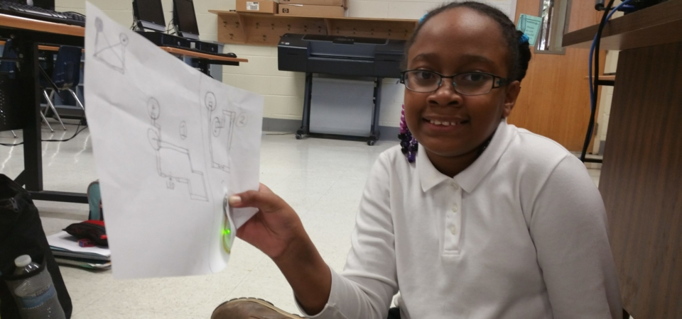4th Grader Builds Simple Circuit